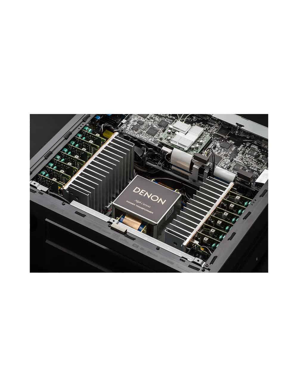 Amplificatore AV 13.2 canali 4K Ultra HD con Audio 3D e HEOS, Denon AVC-X8500H, vista interno alimentatore
