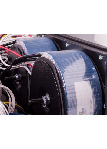 amplificatore di potenza a tre canali, Anthem MCA 325, vista interna, toroidali