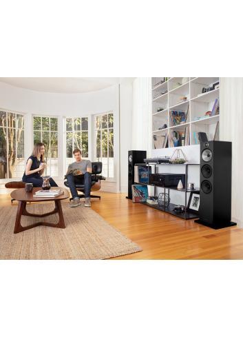diffusori acustici da pavimento per hifi e home theater, Bowers & Wilkins 603, finitura Nero, ambientati